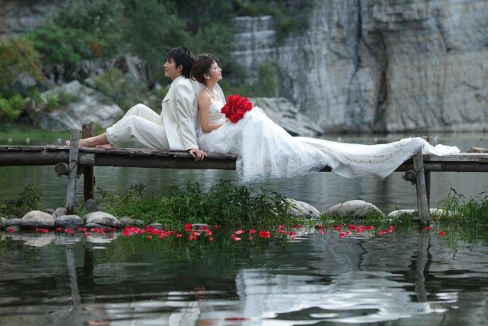 Photoshop调出玛雅婚纱色调_亿码酷站___亿码酷站平面设计教程